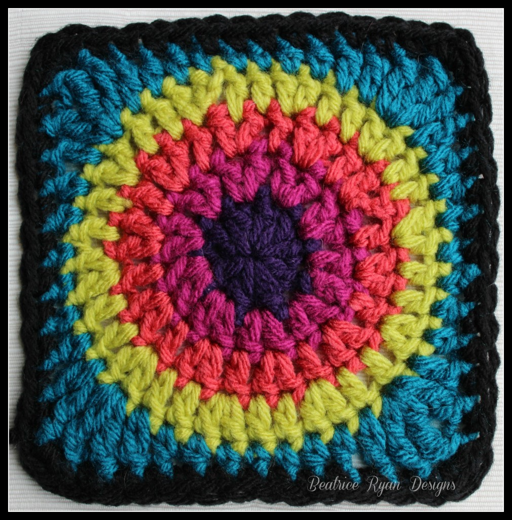 Love Of Crochet Com : Granny?s Circle in Square? Free Crochet Pattern!